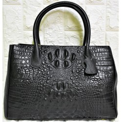 Woman leather handbag M-620